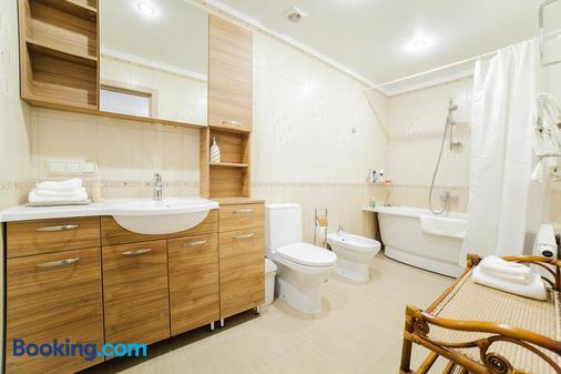 Villa Alvine - Jūrmala - Bathroom