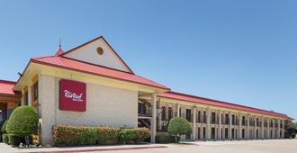 Red Roof Inn Dallas - Addison - Addison