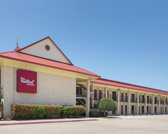 Red Roof Inn Dallas - Addison - Addison - Building