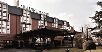 Millennium Hotel Paris Charles De Gaulle - רואזי אן-פראנס - נוף חיצוני