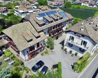 Angerburg Blumenhotel - Appiano sulla Strada del Vino - Building