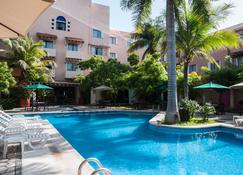 Holiday Inn Ciudad Del Carmen - Ciudad del Carmen - Pool