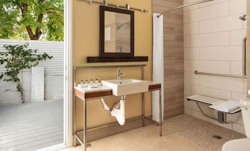 Movie Colony Hotel - Palm Springs - Bathroom
