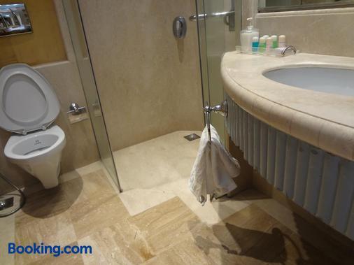 Ascot Hotel - Μουμπάι - Μπάνιο