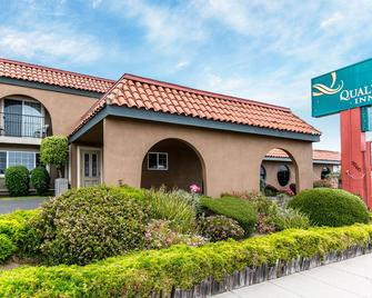 Quality Inn Near Hearst Castle - San Simeon - Building
