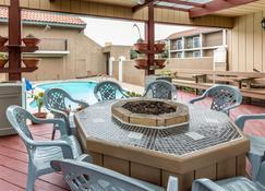 Quality Inn Near Hearst Castle - San Simeon - Pool
