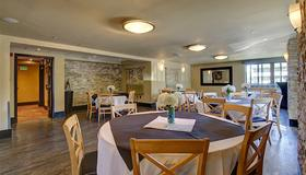 Inlet Tower Hotel And Suites - Anchorage - Restaurant