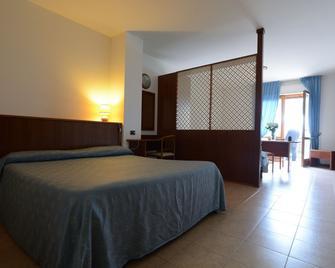Villaggio Albergo il Gabbiano - Passignano sul Trasimeno - Bedroom