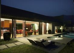 Kayumanis Private Villa & Spa - Nanjing - Pool
