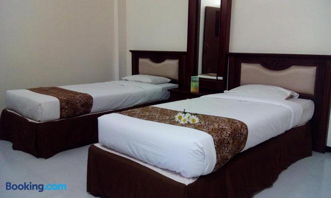 Dieng Kledung Pass Hotel & Restaurant - Wonosobo - Bedroom