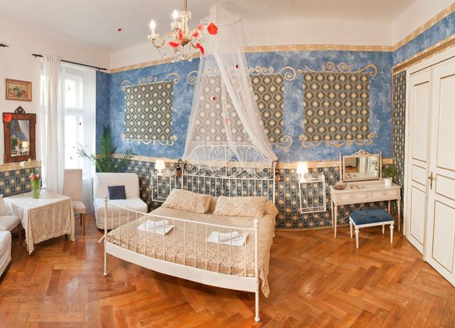 Old Time Hotel - Praha - Makuuhuone