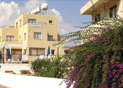 Maricosta Hotel Apartments - Protaras - Gebouw