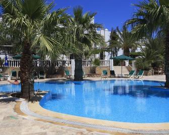 La Rosa Hotel - Gumbet - Pool