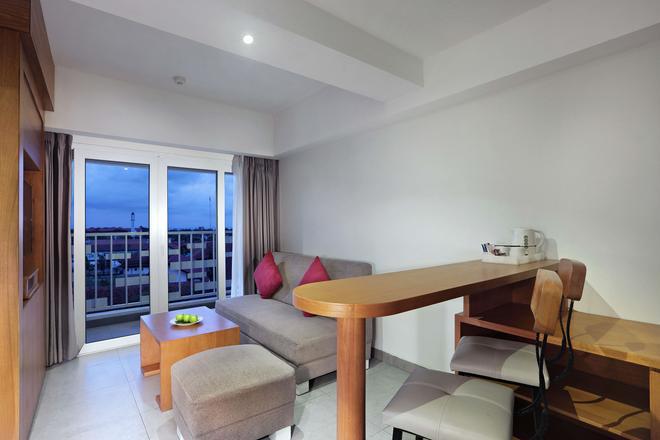 Favehotel Cilacap - Cilacap - Living room