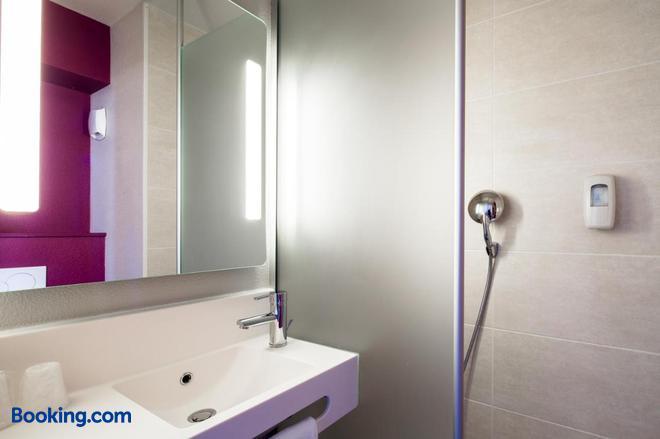 B&b Hôtel Bordeaux Centre Bègles - Bègles - Bathroom