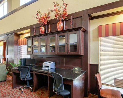 Comfort Suites Palestine - Palestine - Business Center