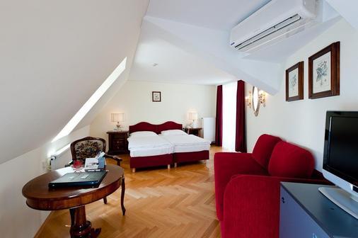 Hotel Regina - Vienna - Bedroom