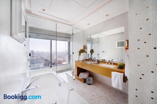 The Domain Hotel and Spa - Manama - Bathroom