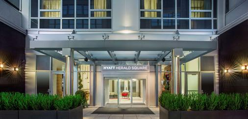 Hyatt Herald Square New York - New York - Building