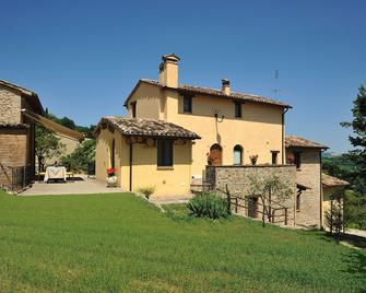 Country House Ca' Vernaccia - Урбіно - Building