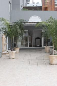Hotel Club Frances - Buenos Aires - Outdoors view