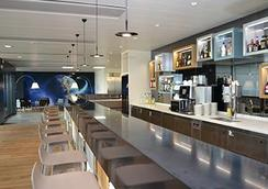 Discovery Hotel - Λωζάνη - Bar