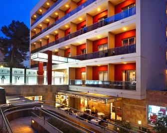 Mll Mediterranean Bay Hotel- Adults Only - El Arenal - Building