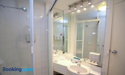 Madison Hotel Tower Mill - Brisbane - Bathroom