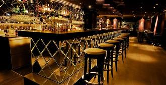 格力沙達斯達沃斯酒店 - 達弗斯 - 達沃斯 - 酒吧