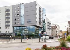 Best Western Hotel International - Annecy - Gebouw