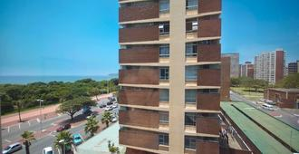 The Blue Waters Hotel - Durban - Edificio