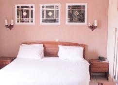 Hotel Golden Plazza - Conakry - Habitación
