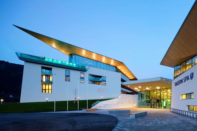 卡普倫陶恩山水療溫泉酒店 - 卡普倫 - 卡普倫 - 建築