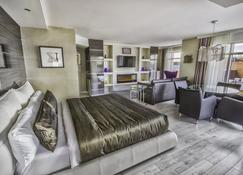 Hôtel Palace Royal centre-ville - Квебек - Bedroom