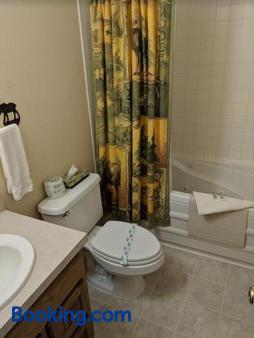 Rocky Mountain Lodge - DuBois - Bathroom