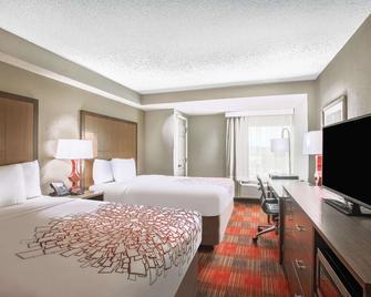 La Quinta Inn & Suites DC Metro Capitol Beltway - Capitol Heights - Schlafzimmer