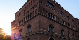 Babila Hostel & Bistrot - Milaan - Gebouw