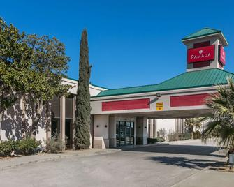 Ramada by Wyndham Odessa Near University of Texas Permian - Odessa - Building