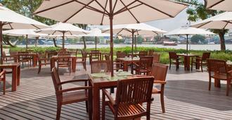 Ibis Bangkok Riverside - Bangkok - Patio