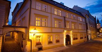 Hotel Leonardo Prague - פראג - בניין
