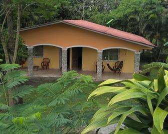 Cabanas el Valle - El Valle de Anton - Außenansicht