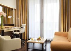 Unahotels Varese - Varese - Living room