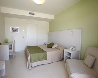 Hotel Valeria Del Mar - Belvedere Marittimo - Bedroom