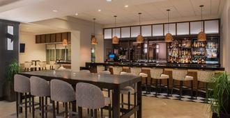 Sheraton Suites Chicago Elk Grove - Elk Grove Village - Bar