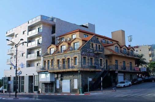 Aviv Hostel - Hostel - Tiberias - Rakennus