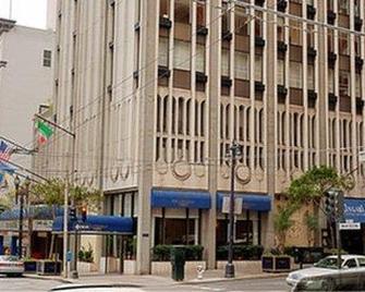 Club Donatello - San Francisco - Building