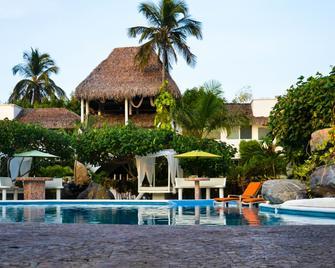 Bon Jesus Hotel - Monte Gordo - Bazén