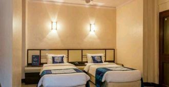 Strand Hotel - Mumbai - Bedroom