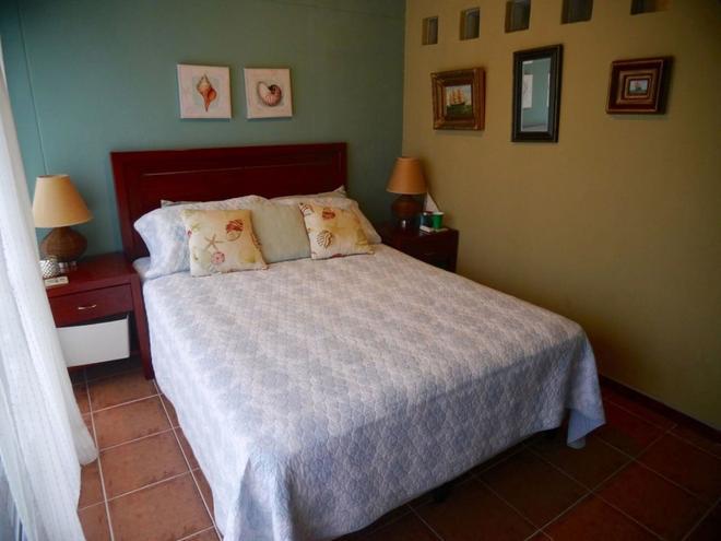 Room at Decameron Golf Course - El Valle de Anton - Bedroom