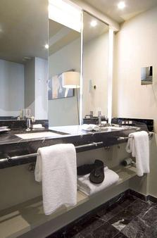 Hotel Miro - Bilbao - Bathroom